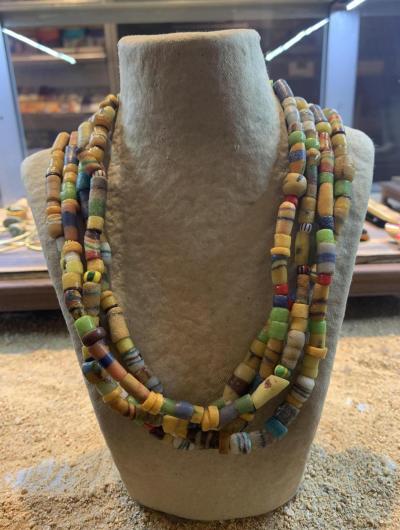 collaret africà colors groc i verd