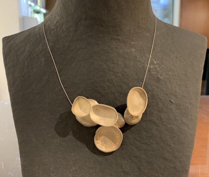 collar stone Aton