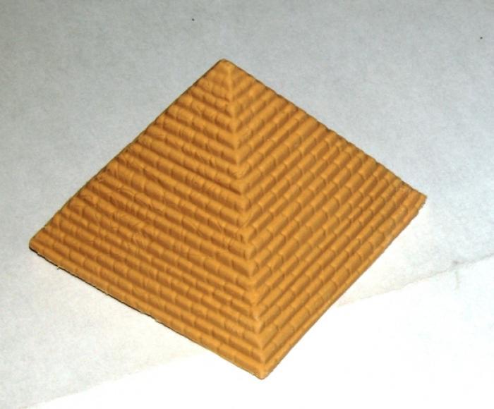 Goma Pirámide